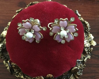 Vintage Flower Clip Earrings with Light Pink and Rhinestones