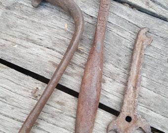 Vintage Hand Crank, Vintage Tools, Industrial Tools, Antique Tools, Workshop Rusty Stuff