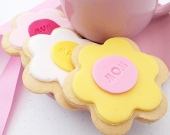 Mum Flower Iced Shortbread Biscuits - Birthday Flower Shortbread - Iced Shortbread Biscuits - Flower Biscuits