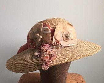 1930s Straw Hat / Velvet Flowers & Bow
