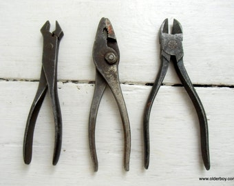 Set of 3 1950s vtg pliers pincers cutters wrench tools vintage vintage pincers collectible tools rusty tools vtg G04/292