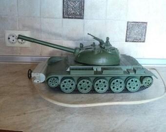 Урожай Огромный Rare , работающий от батареи Танк СССР Rocket Launcher