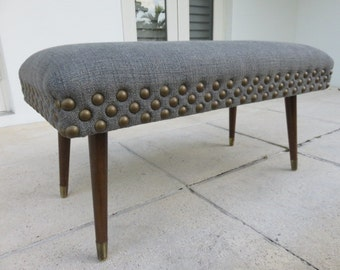 Mid-Century Modern Three Foot Bench In The Manner Of Paul McCobb.