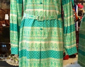 1970's paisley cotton dress. Size M/L.