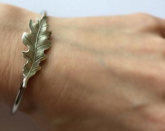Silver Oak Leaf Bracelet Oak leaf bangle Oak Bracelet Bangle Oak Tree Jewelry Oak leaf Jewelry Silver woodland bracelet stacking bra