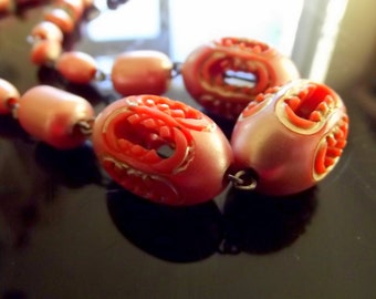 1920s Art Deco Salmon Bakelite Beads Necklace
