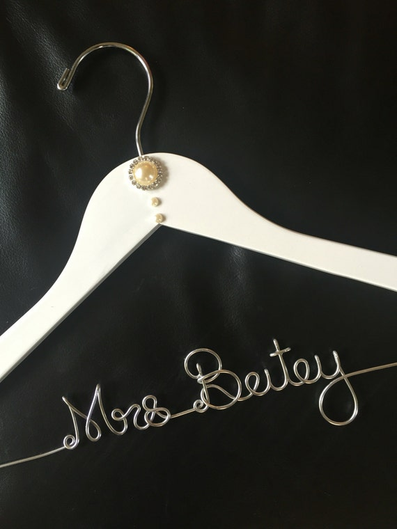 Wedding dress hanger name hanger mrs hanger personalized for Mrs hangers wedding dress