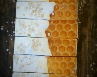 Oatmeal Honey Soap || Honey Soap || Colloidal Oatmeal Soap || Oatmeal Milk And Honey Soap || Cocoa Butter Soap || Honey Comb Soap ||