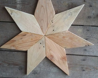 Patchwork star completely handmade from 100% reclaimed pallet wood, timber and crate.