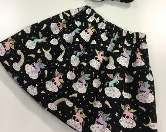 Girls Skirt in a Unicorn pattern fabric fully lined with matching hairband age 3-4 years