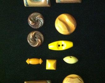 11 Vintage Bakelite Buttons