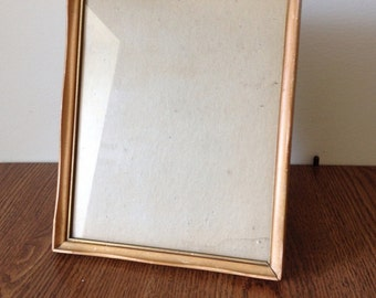 "Vintage Mid-Century free standing wood picture frame 10.5"" X 8.5"""