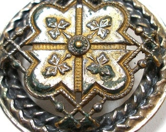 """XL Vintage BUTTON, 3D effect with leaves, 1 1/2""""."""