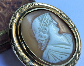 Large antique Victorian cameo brooche, victorian jewels, antique Victorian cameo, cameo-brooche, Big Victorian jewelry