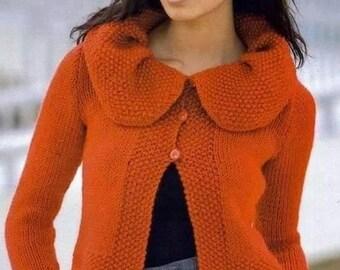 Ladies vest with wavy collar
