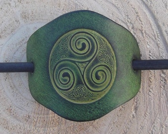 "Leather hair barrette , celtic design triskell number 5, colour""vert anis"" (16 colours available)"