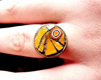 yellow mosaic ring