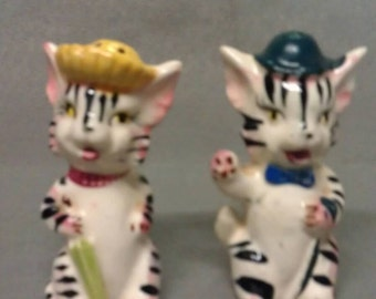 Vintage White Cats with Black Stripe Faces with Hats and Umbrella Salt and Pepper Shaker Set