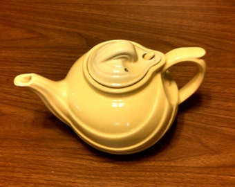 vintage Hall, Canary Yellow teapot with lid