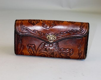 Vintage 1950's Tooled Leather Clutch Purse
