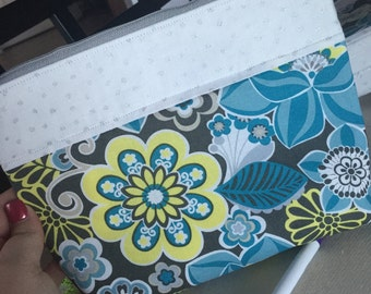 Blue flower long pouch