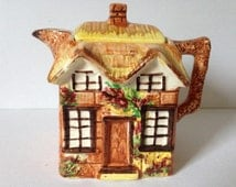 Pretty Price Bros Collectable Cottage Ware Teapot.