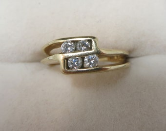 diamond ring contemporary 14k yellow gold