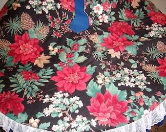 Poinsettia & Pine Cone Tree Skirt