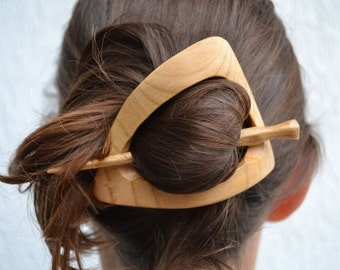 Wood Triangle Hair Pin, gift for her, Hair Barrette, Geometruc Hair Clip, Hair Stick, Slide, Wooden Shawl Pin Haarstab Womens Gift Wife Moms