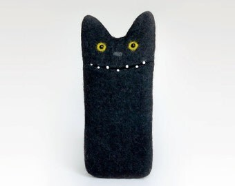 Black Cat case for iPhone 6S, felted iPhone 6s case, felt iphone case, cell phone case, phone sleeve, Ready to ship