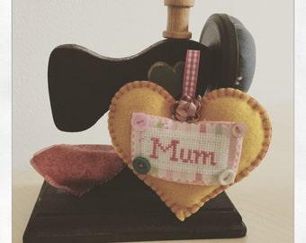 Mum hanging heart felt decoration