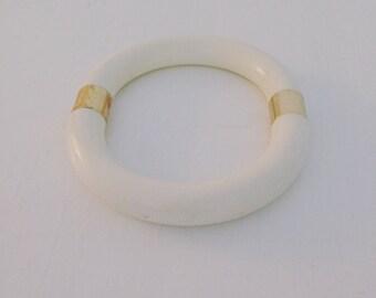 80s plastic Bangle / 80s plastic bracelet