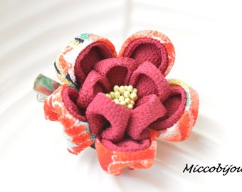 Japanese Fabric Floral Brooch - Red