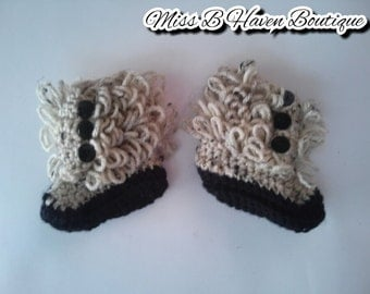 Baby Booties/ ruffle booties/ slippers/ crochet slippers/ baby girl slippers/ crochet slippers/ gift under 20/ baby gift/ shower gift/ ready