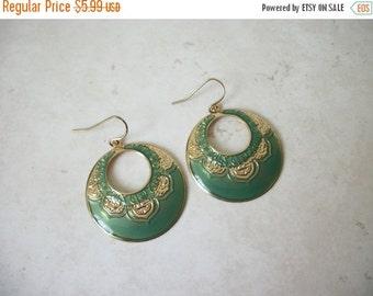 ON SALE Vintage Gold Tone Green Dangle Earrings 1463