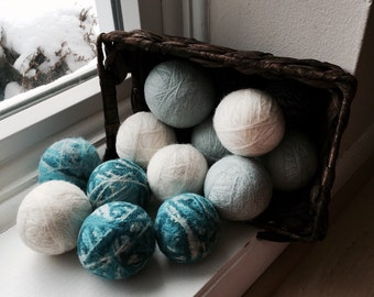 4 Wool Dryer balls