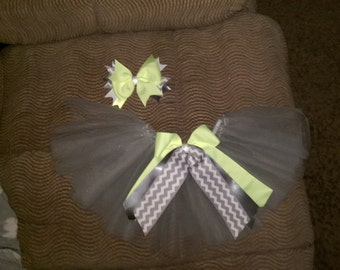 Infant tutus and hair bow