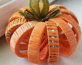 Mason jar pumpkin // harvest decor // autumn centerpieces // autumn tablescapes // fall decor // fall weddings