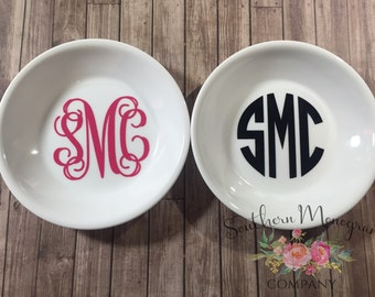 Monogrammed ring dish, personalized ring dish, bridal party gift, stocking stuffer, wedding gift, personalized gift, christmas gift