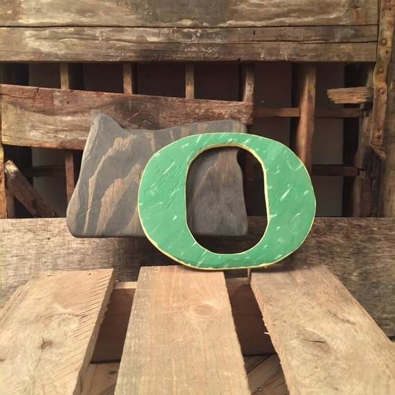 Oregon Ducks Pallet Wood Wall Sign Reclaimed By