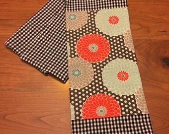 100% Cotton Embellished Tea Towel: Modern Mums