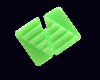 Ring fluorescent green resin