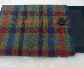 Irish tweed 9 inch + tablet cover - sleeve - 100 % wool - HANDMADE IN IRELAND - ready for shipping