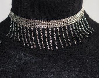 Vintage Women's Adjustable Choke Collar Necklace with Hanging Back Clasp