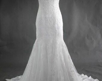 V-Neck Sleeveless Trumpet Mermaid Lace and Crystal Bridal Wedding Dress