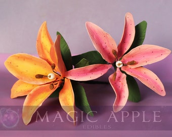 Sugar Lily - One HAND PAINTED gumpaste Lily.
