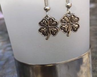 Clover Earrings!