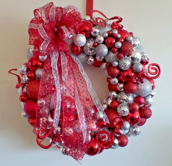 Christmas ball wreath red silver mirror shatter proof