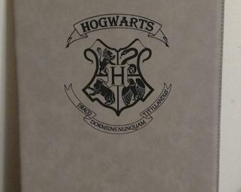 Harry Potter Hogwarts House Symbol Portfolio with Notepad