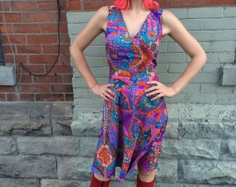 1970s psychedelic sun dress